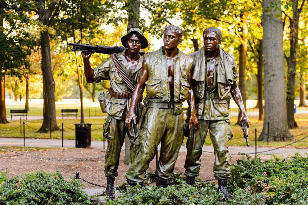 3-guy-memorial